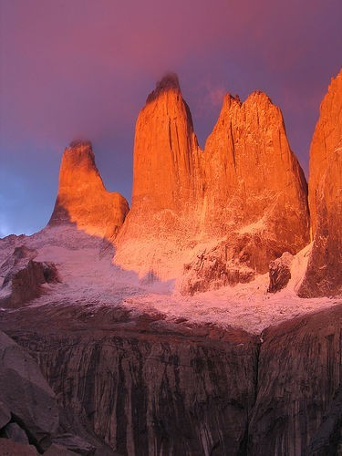 torres del paine by bigeoino